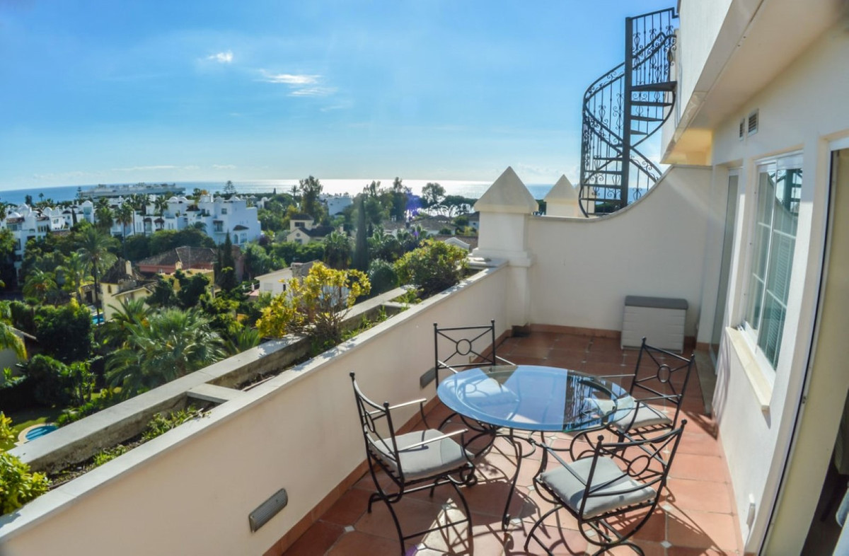 Apartment  Penthouse for sale  and for rent  in Marbella