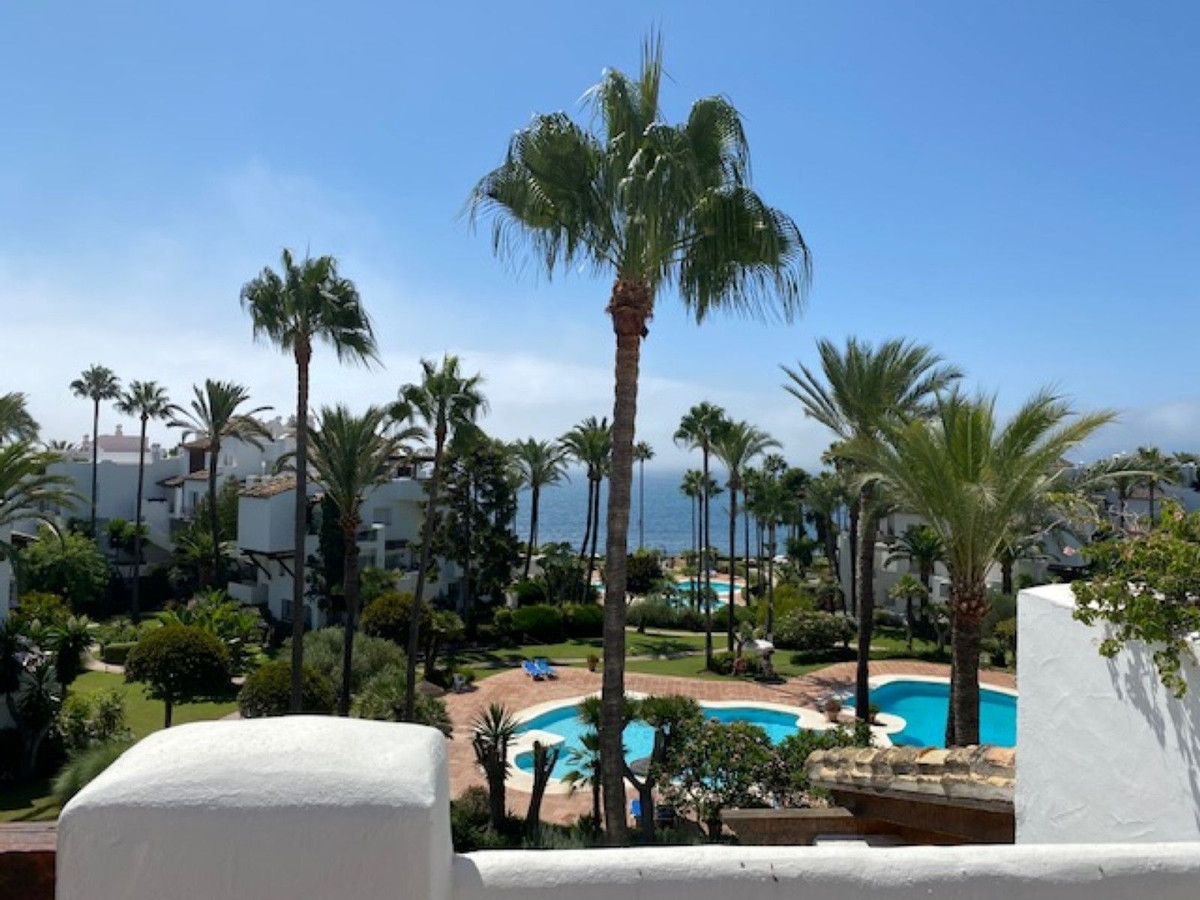 A unique and amazing beachfront  penthouse in Alcazaba Beach Estepona. The property consist of two p,Spain