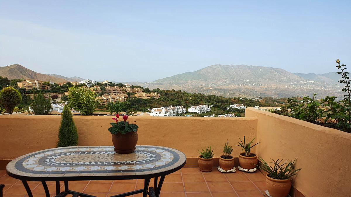 Marbella Banus Ático en Venta en La Mairena – R3762049