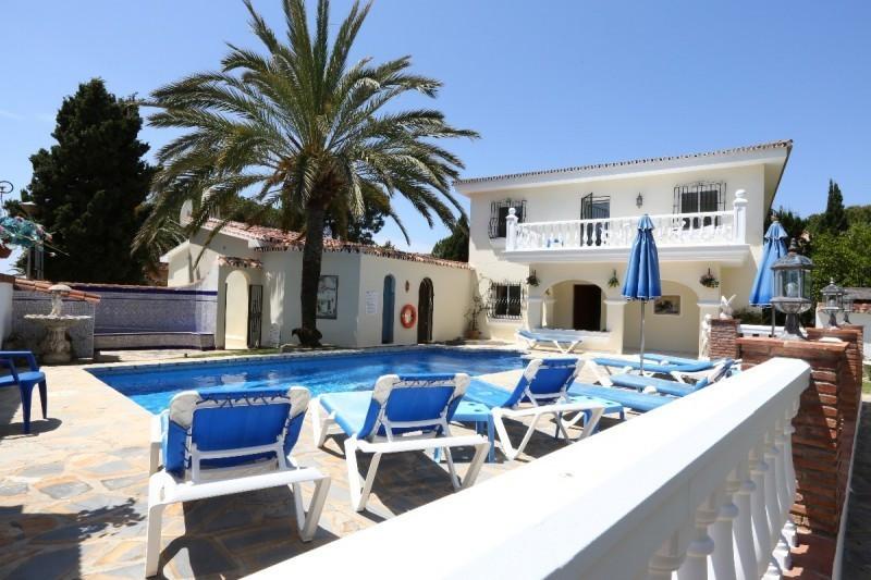 Apartment Complex for sale in Elviria R3039662