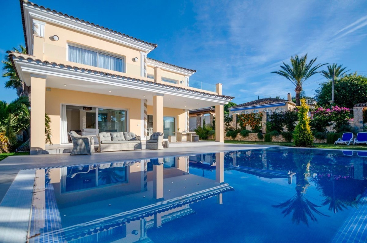 Impressive modern villa, located on one of the best beaches in Marbella East, 10 minutes drive from ,Spain