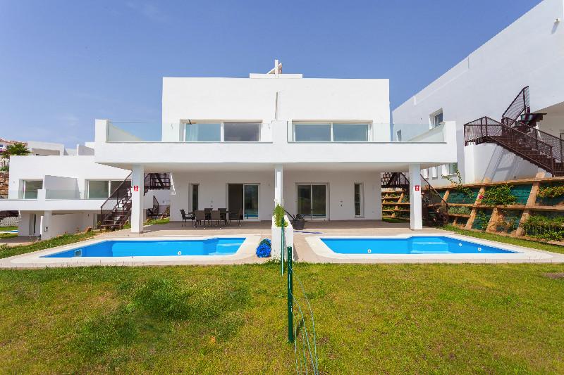 Semi-Detached House Miraflores