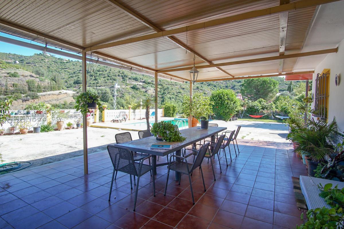 Villa Finca in Altos de los Monteros, Costa del Sol