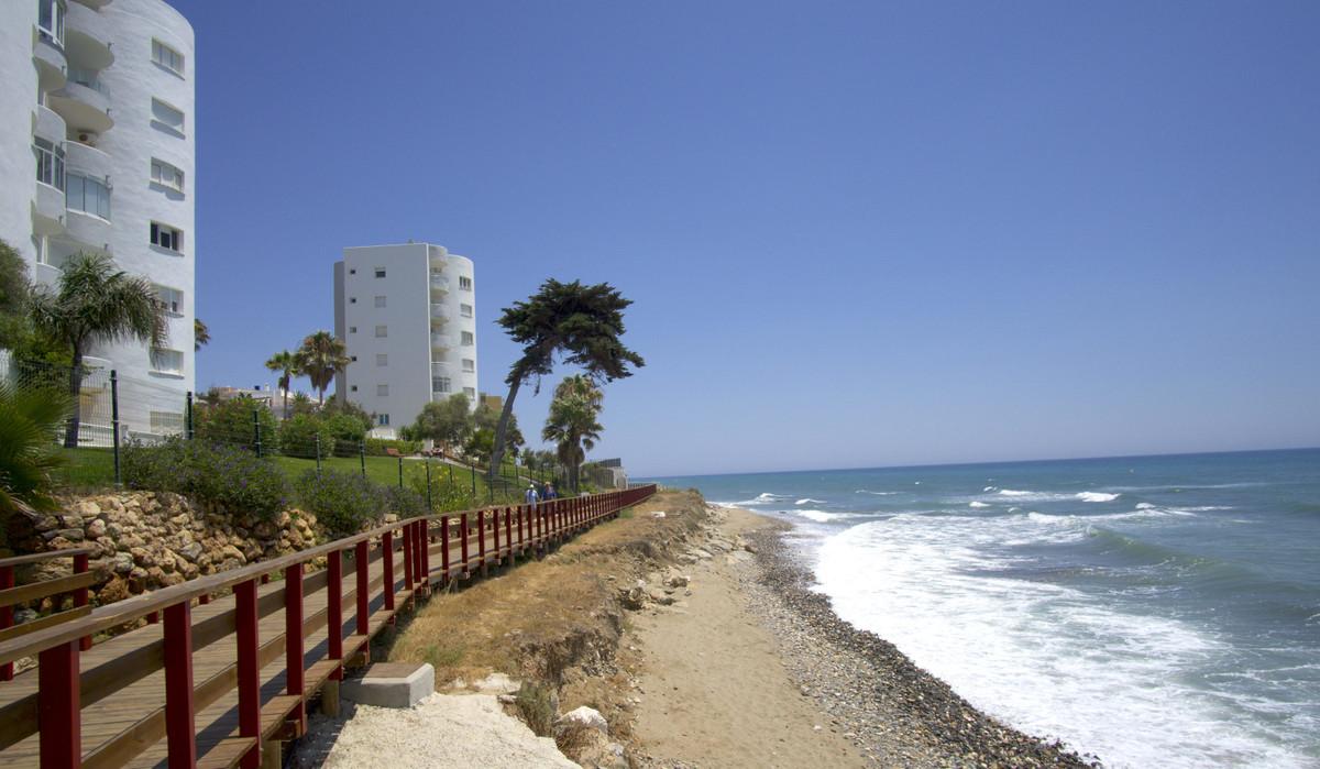 Marbella Banus Apartamento Planta Baja en Venta en Calahonda – R3466801