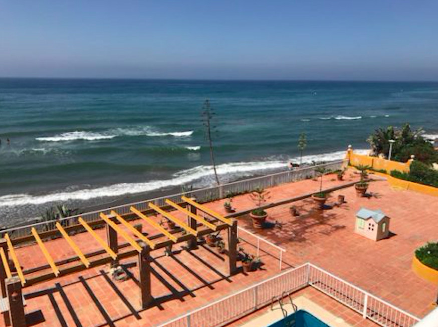 UNIQUE OPPORTUNITY!!!  Frontline beach villa for sale in Marbesa, the most sought after beachside ur,Spain