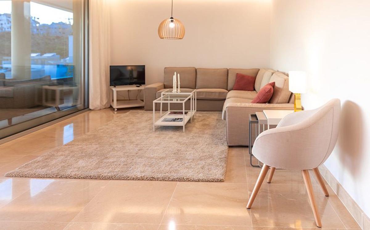 Apartamento en Venta en Benahavís – R3614432