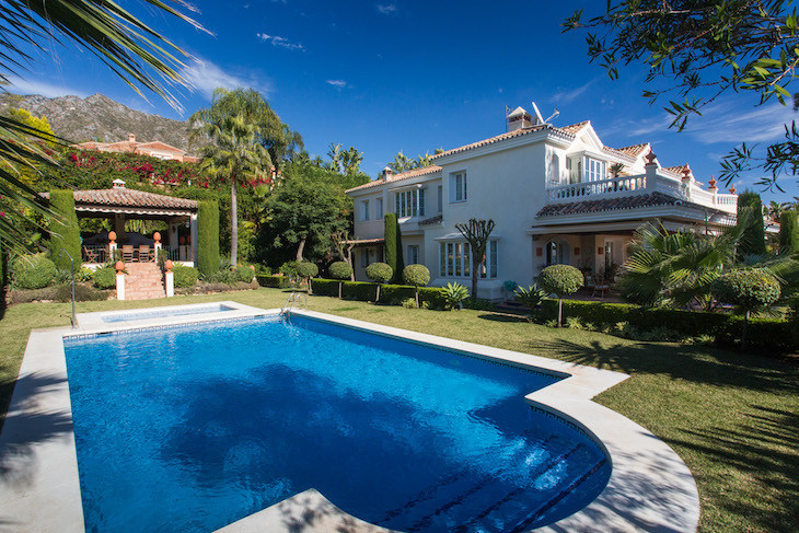 Elegant six bedroom-suites property with spacious interios, lovely sea and mountain views, high qual, Spain