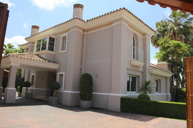 Se vende Villa – Chalet, Sierra Blanca – R2939663