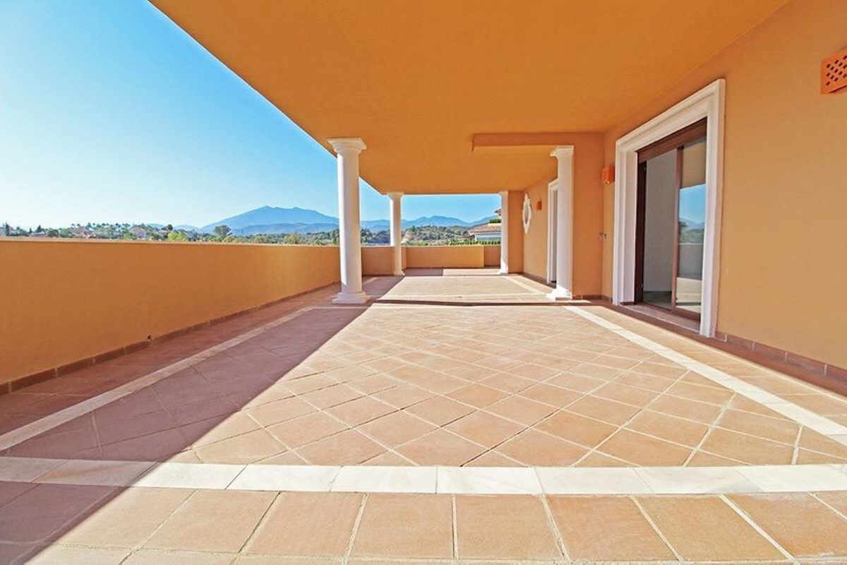 4 Bedroom Penthouse Apartment For Sale Marbella