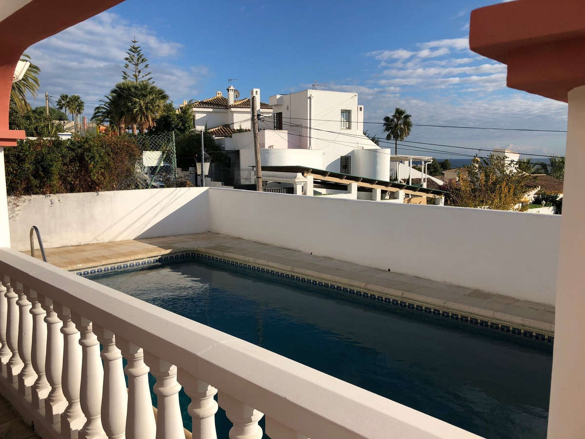 Villa near Estepona. 5 bedrooms, 3 bathrooms Large garage has a small studio with its own kitchen. A,Spain