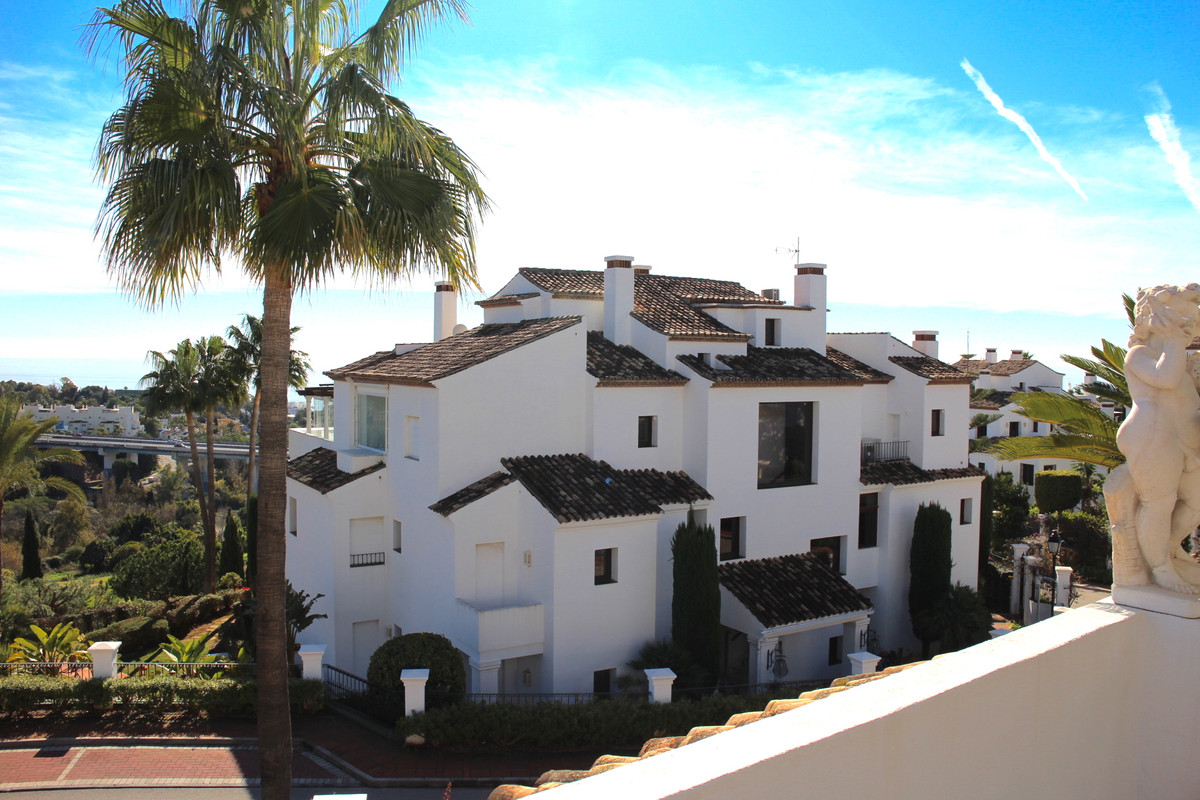 Bright and spacious luxury apartment on the first floor offers excellent open views to the sea and t,Spain