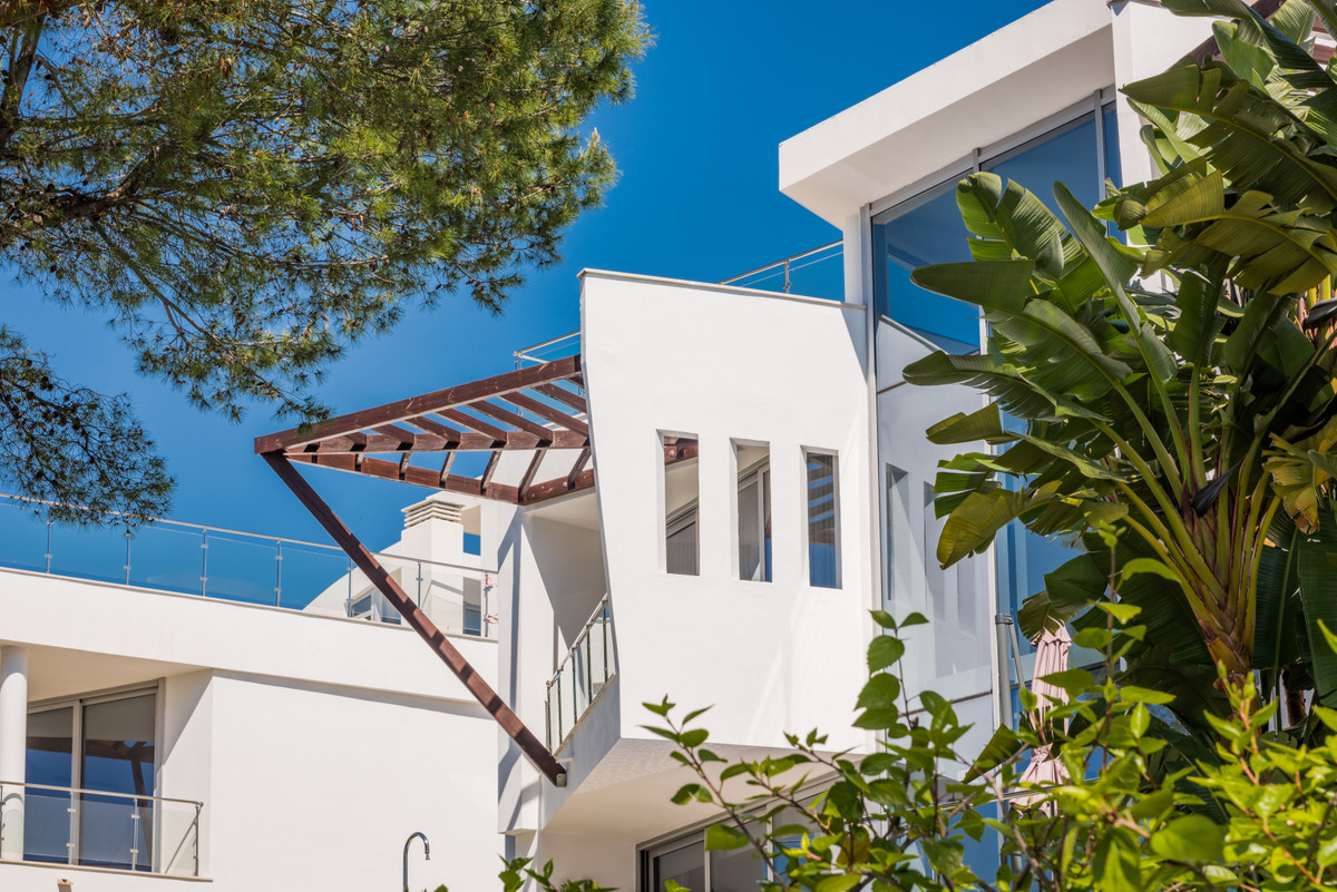 Townhouse, with a built area of 393m2, distributed in 4 bedrooms, 4 bathrooms, fully equipped kitche,Spain