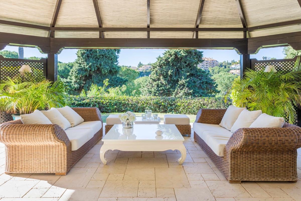 Villa con 6 Dormitorios en Venta Río Real