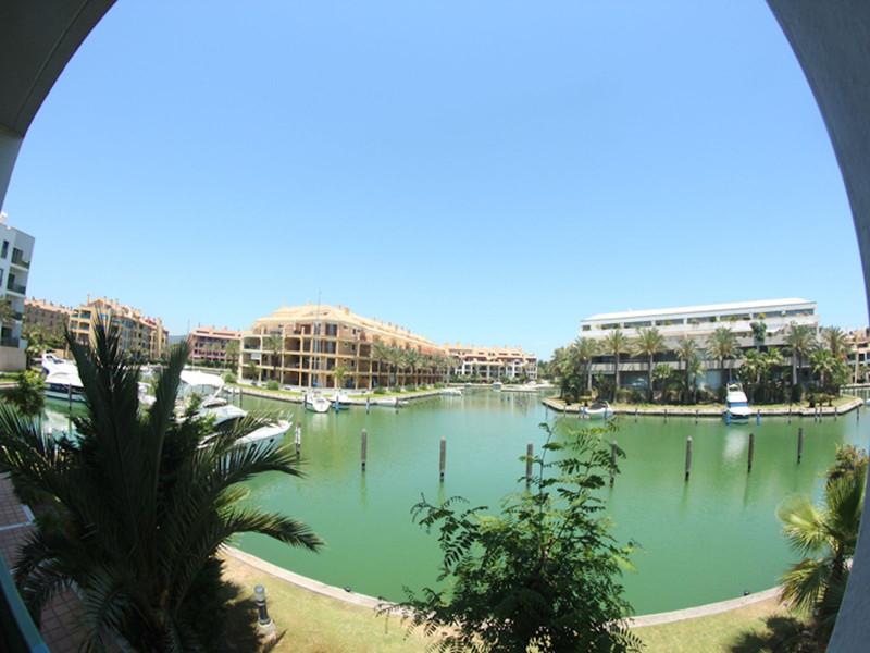 Apartamento Planta Media en venta, Sotogrande – R2663318