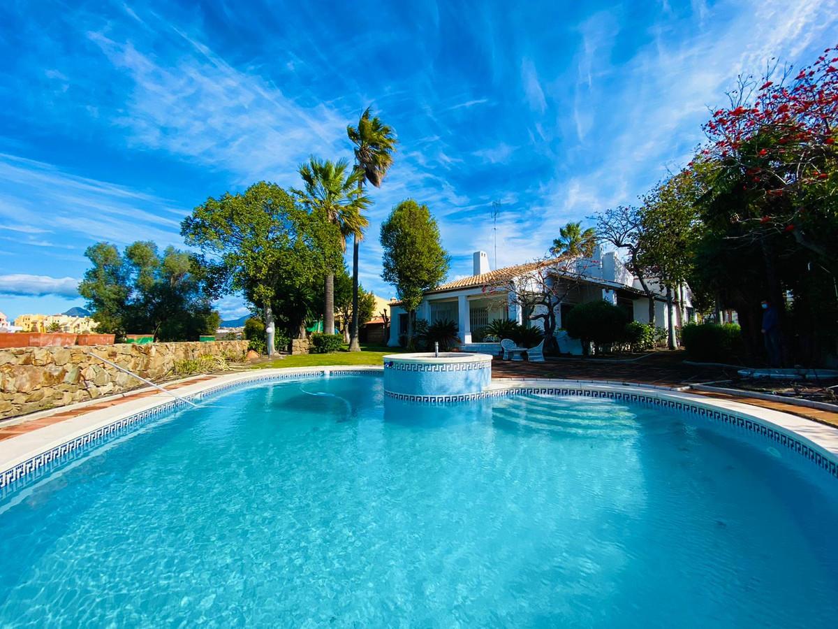 House - La Duquesa - R3798403 - mibgroup.es