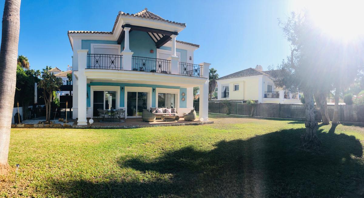 House - La Duquesa - R3529486 - mibgroup.es