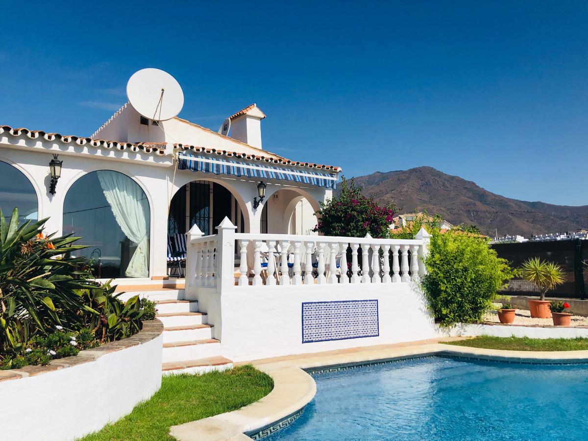 Дом - Estepona - R3518653 - mibgroup.es