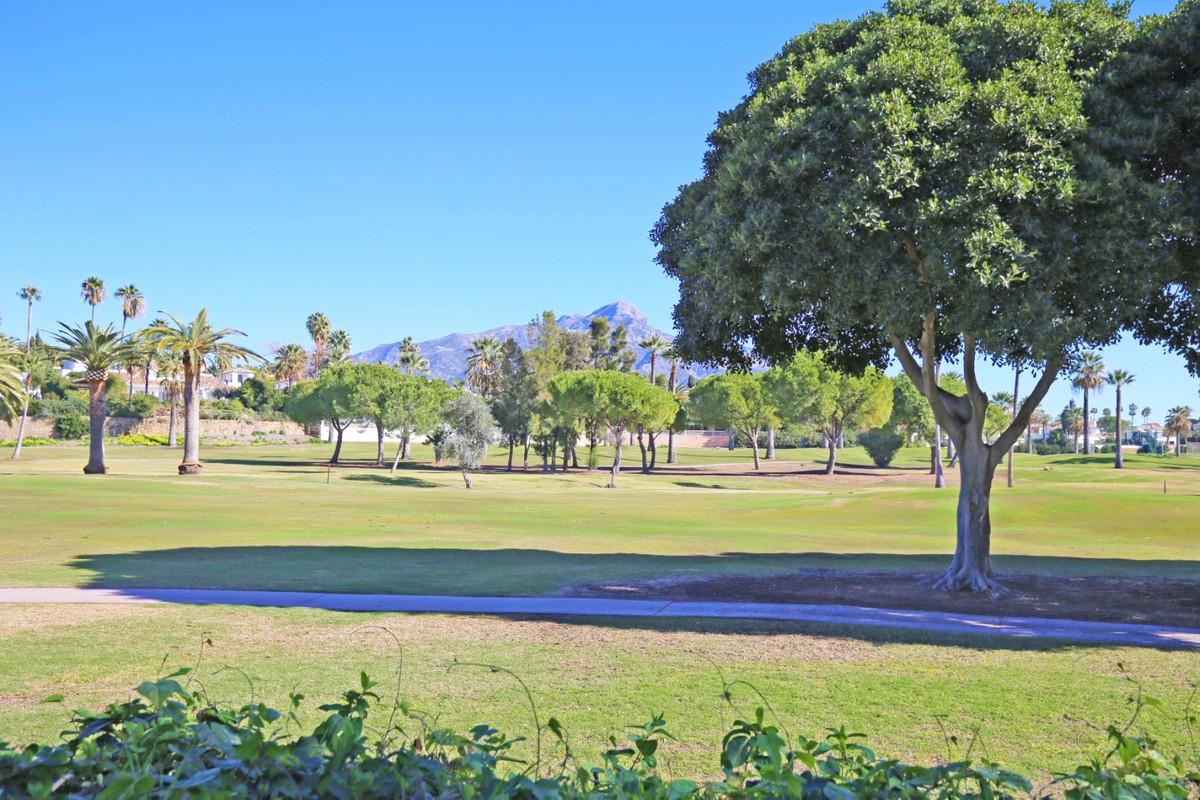 Villa  Semi Individuelle en vente   à Nueva Andalucía
