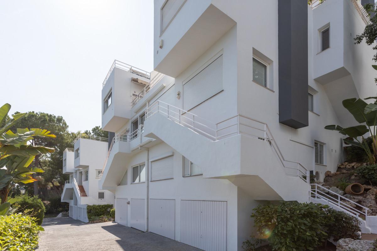 Apartamento Planta Baja en Venta en Nueva Andalucía – R3731107