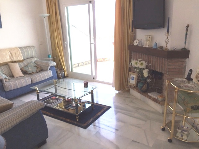 3 Bedroom Apartment for sale Calahonda