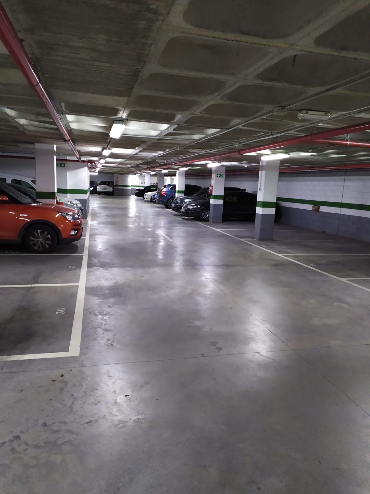 Garage space for sale in Plaza Picasso, large garages with easy maneuverability next to the beach. I,Spain