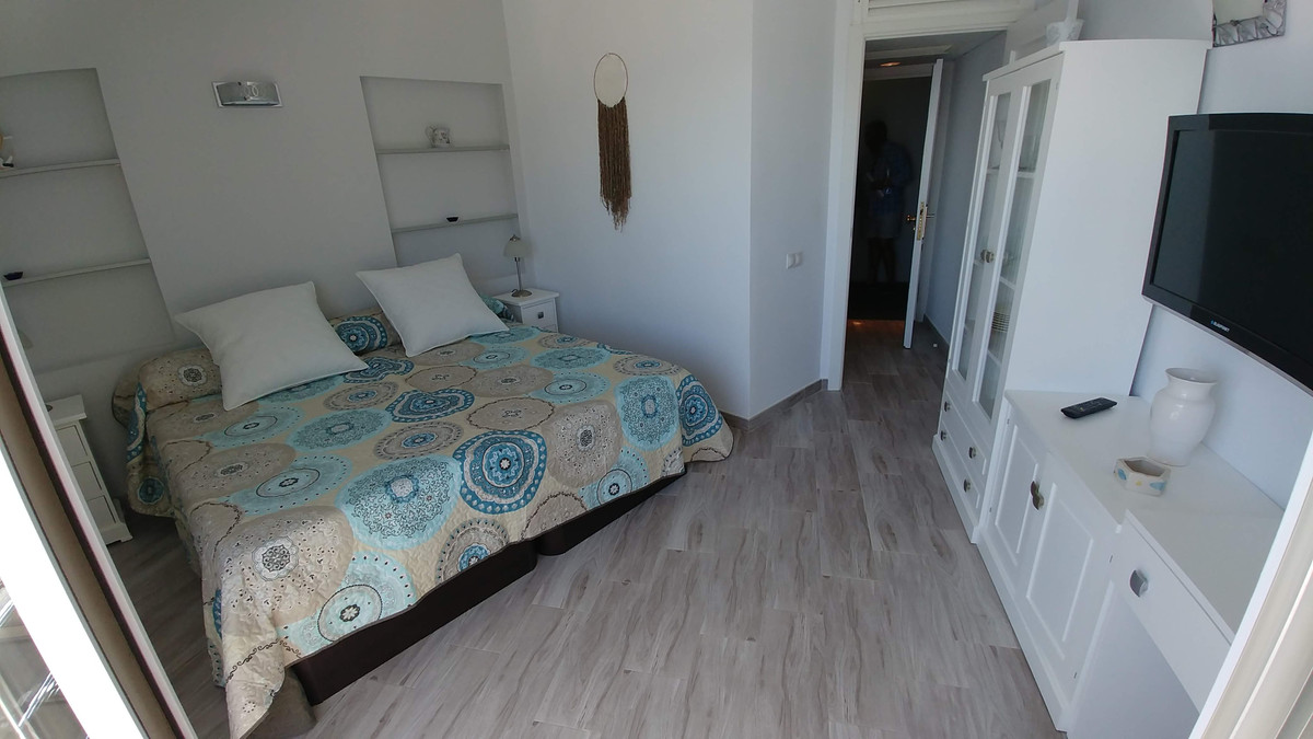 1 Bedroom Penthouse Apartment For Sale Fuengirola
