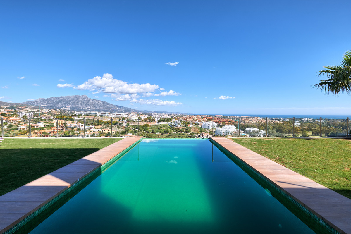 Contemporary modern quality villa located on one of the top positions in Nueva Atalaya, La Alqueria.,Spain