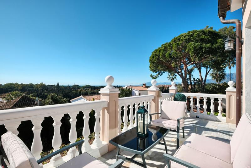 Villa – Chalet en venta en Elviria – R3347170