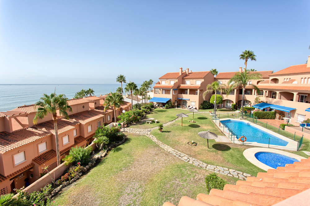 South to south west facing  duplex penthouse with sea views.    Main floor: Living and dining area, ,Spain