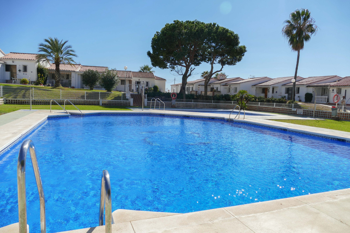 Charming garden studio apartment, situated just moments from the popular fishing village of La Cala ,Spain