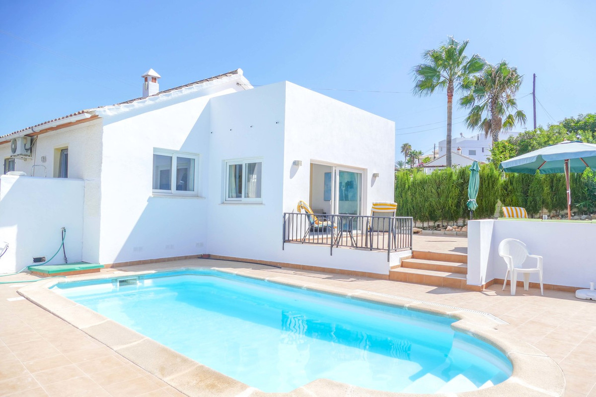 Lovely detached villa situated in the residential area of El Faro, close to local amenities and the , Spain