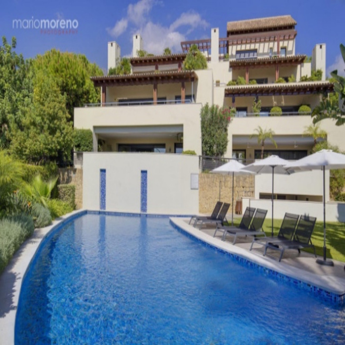 Stunning corner apartment with large private garden and sea views in the luxury community of Imara, ,Spain