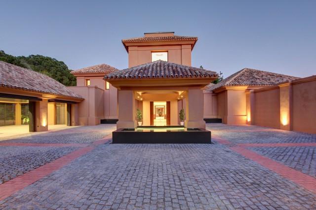Villa – Chalet en Venta en Marbella – R3112354