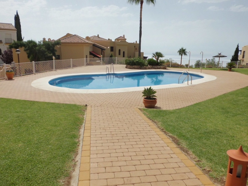 Magnificent opportunity to acquire an apartment in one of the most desirable areas of Benalmadena. T,Spain