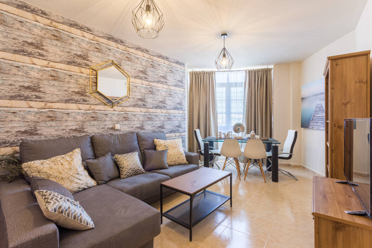 Nice apartment completely renovated in the center of Fuengirola. The house is only 10 minutes walk f,Spain