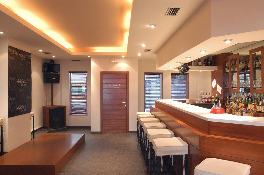 Bar with music license (disco bar) and sound proofed.   Built Area  138 Sq Mts - Fully Equipped and , Spain