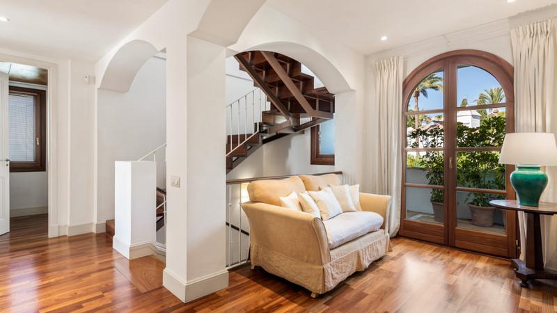 Se vende Villa – Chalet, Sierra Blanca – R1923509