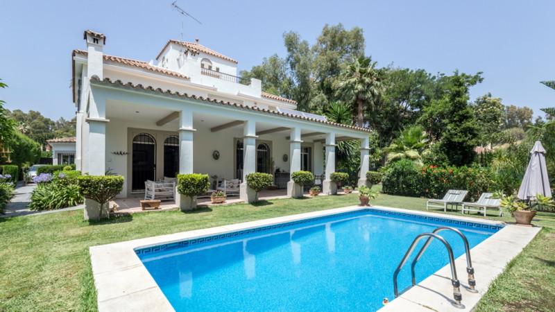 Villa, Nueva Andalucía, 1.350.000