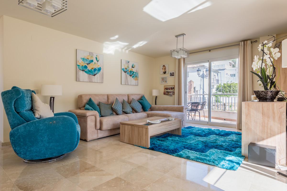 Apartamento en Venta en Benahavís – R3792385