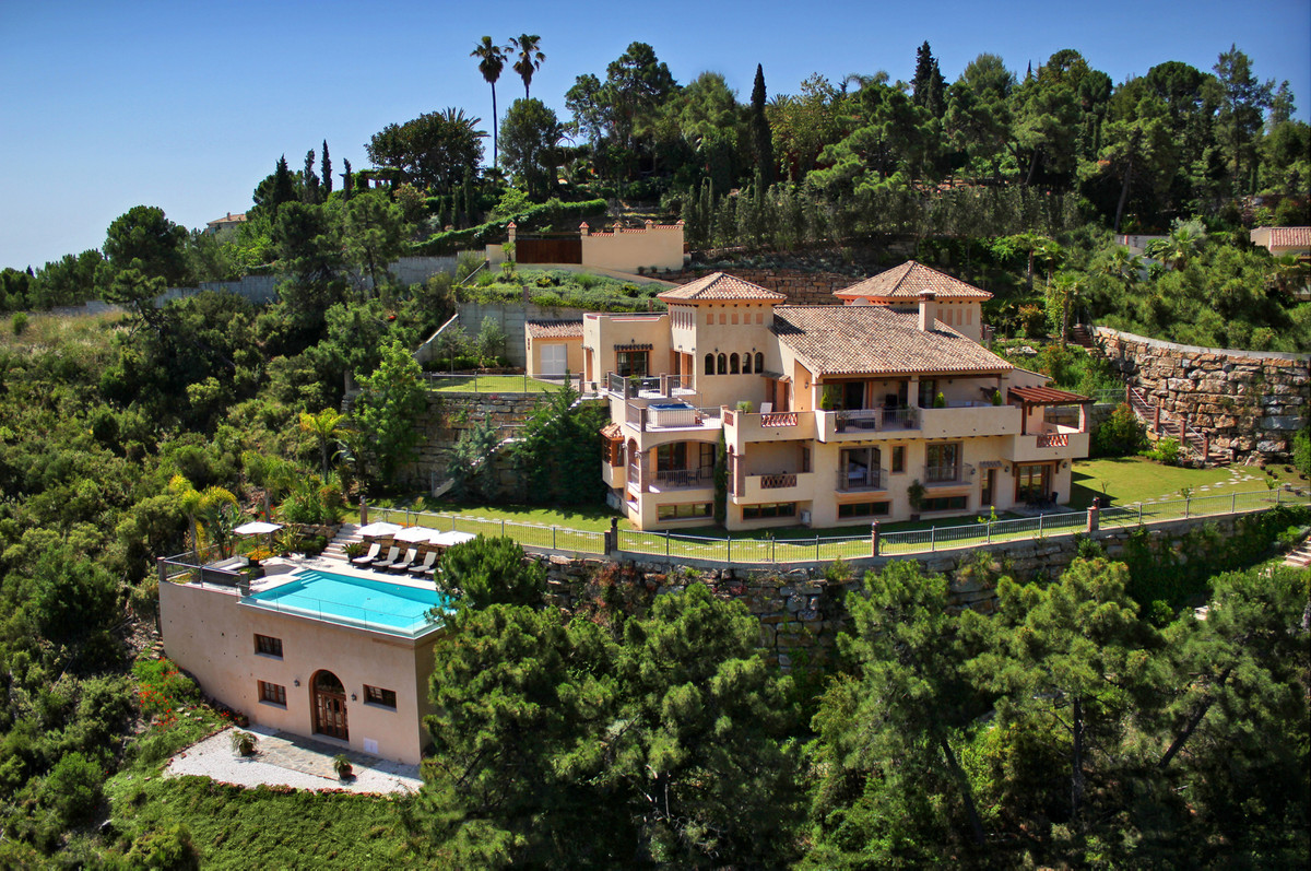 Picture of Villa For Sale in El Madroñal