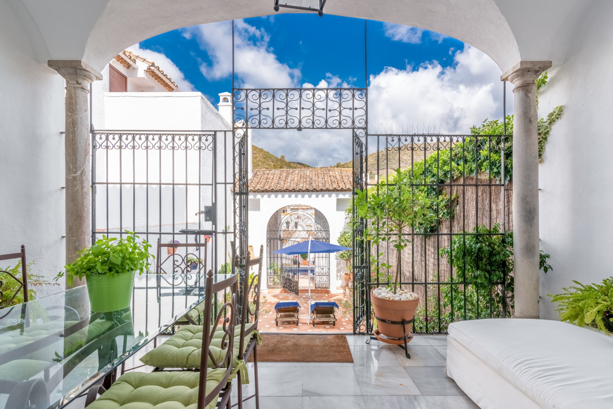A unique property, full of character, located in the centre of Benahavis village.  This beautiful ho, Spain