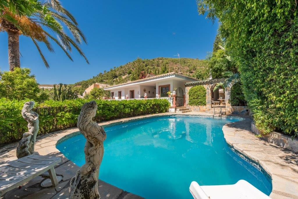 R2287271: Villa for sale in Benahavís