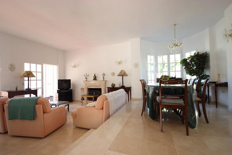 Villa – Chalet, Benahavís – R3360964