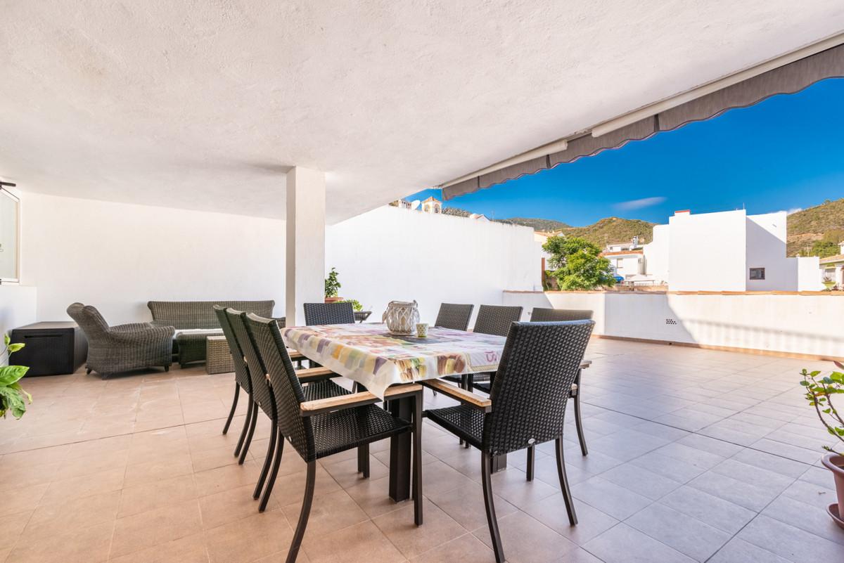 Marbella Banus Apartamento en Venta en Benahavís – R3549826