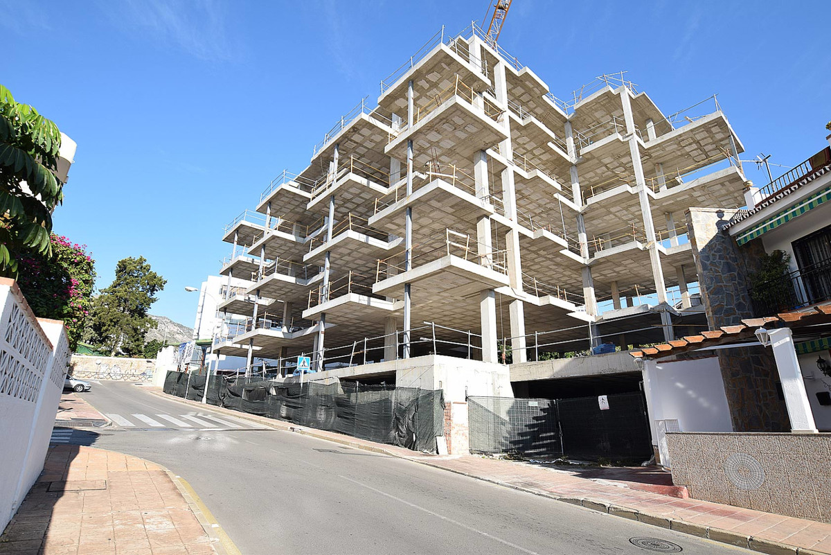 Building of 20 apartments under construction located in the center of Benalmadena-Arroyo de la MIel,, Spain