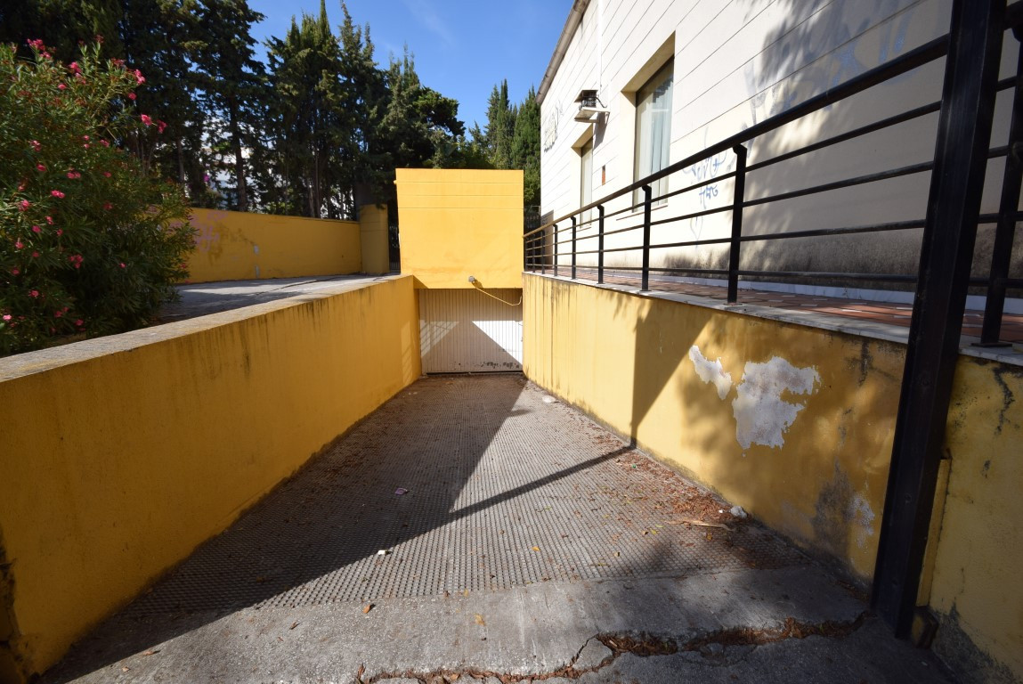 Investment! 80 parking spaces. Located in Nueva Andalucia., Spain
