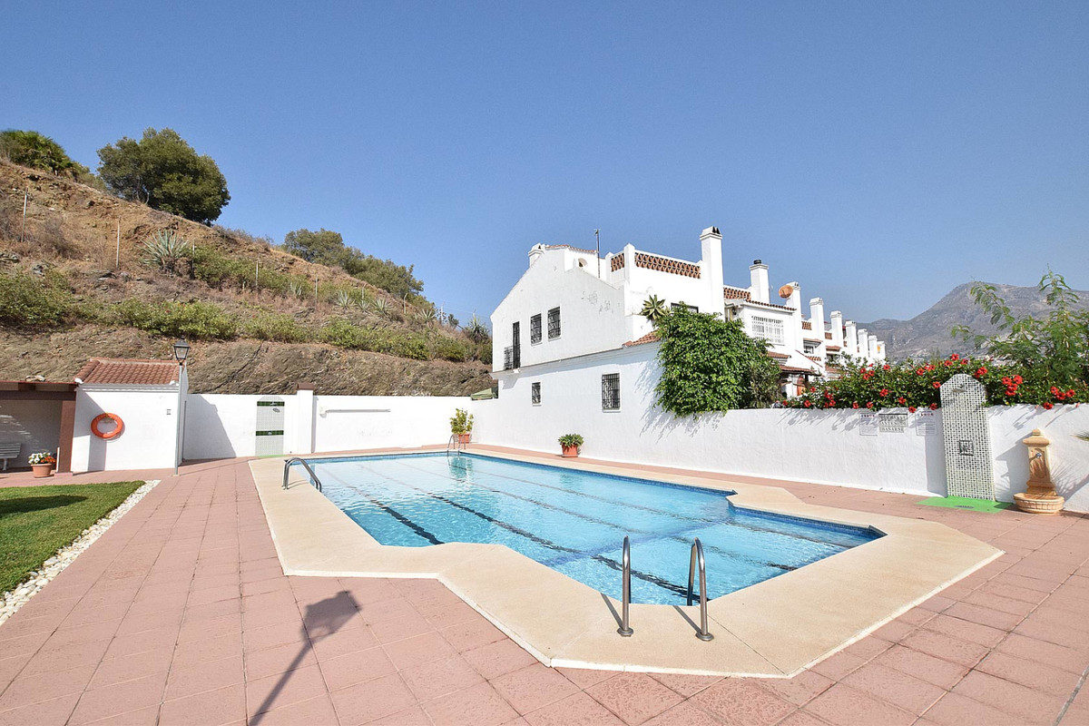 Beautiful townhouse with family character, located in the center of Benalmadena, next to the prestig,Spain