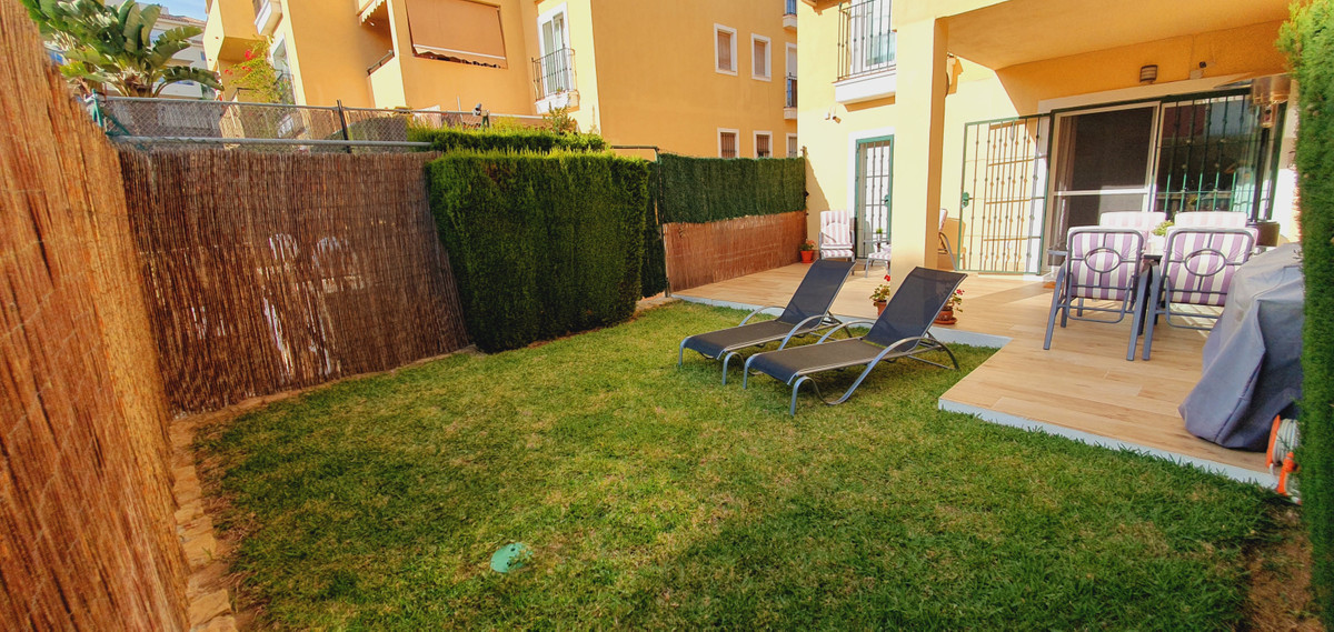 IMMACULATE 3 BED 2 BATH  GROUND FLOOR APARTMENT PRIVATE TERRACE AND GARDEN QUIET URBANISATION SHORT , Spain