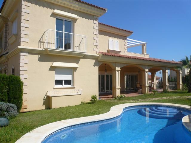 A quality, modern villa benefiting from one level access from the ground floor to the pool. The prop, Spain