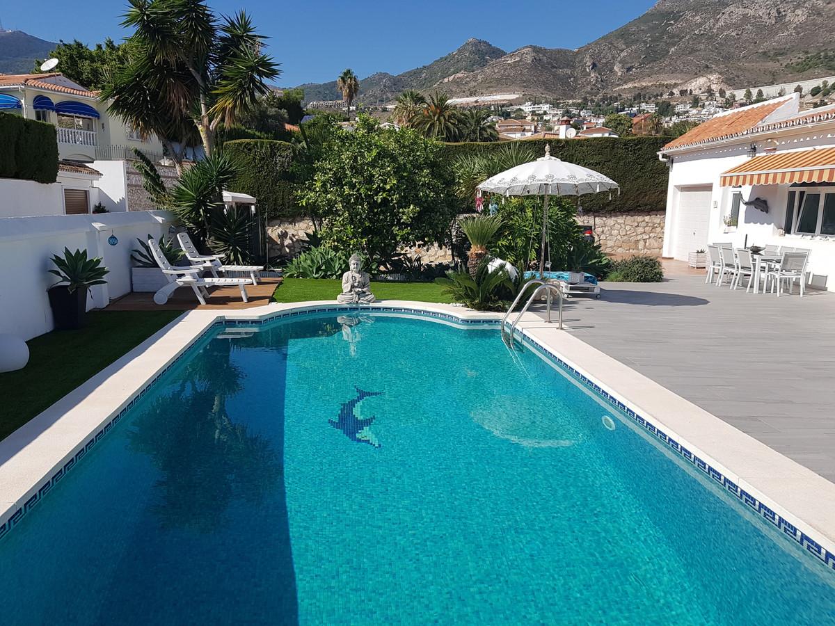 House in Arroyo de la Miel R3296407 1